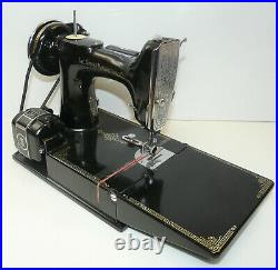 1936 Vintage Singer 221 Featherweight Sewing Machine with Case & Key Tested INV