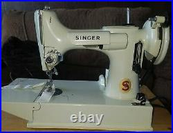 1964 Mint Green 221K Singer Featherweight Sewing Machine With Case & Accessories