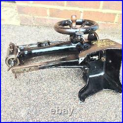 Antique 29k53 Cylinder Arm Heavy Duty Leather Patcher Sewing Machine Head Only