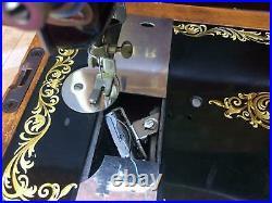 Antique/Vintage Singer 128, 128K handcrank Sewing Machine with bentwood case