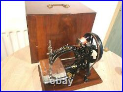 Antique Wilcox and Gibbs Chainstitch HandCrank Sewing machine