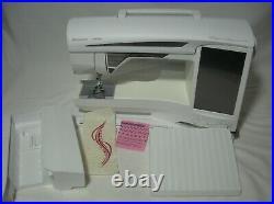 Husqvarna Viking Designer Diamond DeLuxe Sewing/Embroidery Machine