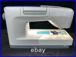Husqvarna Viking Designer Epic Sewing Embroidery Machine 957152112