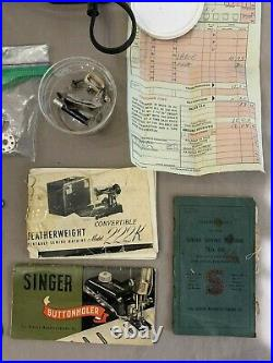SINGER 222K FEATHERWEIGHT Sewing Machine 1955 WORKING & TON of Accessories! EK63
