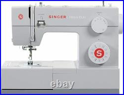 SINGER 4423 Heavy Duty Sewing Machine 23 built in stitches NEW IN HAND