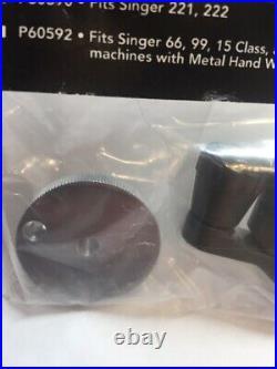 SINGER Sewing Machine Model 221 -222 Featherweight Hand Crank