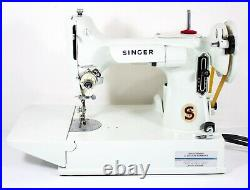 Singer Featherweight White 221K Vintage Sewing Machine 1964 with Case
