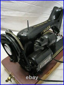 Singer Model 99 Portable Sewing Machine withCase/Manual 1954 99K