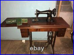 Singer Sewing Machine A999495