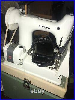 Singer sewing machine 221k SP13608