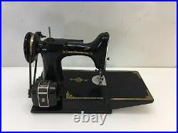 Vintage Singer Featherweight 221 Sewing Machine No Pedal