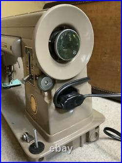 Vintage Singer Sewing Machine 301a With Accessories And Case