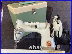 Vintage Singer White Featherweight 221k sewing machine with case and key