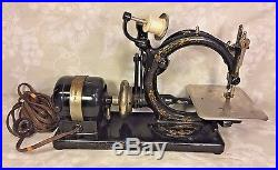 Vintage Willcox and Gibbs Sewing Machine with Foot Floor Control & Carrying Case
