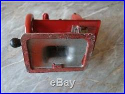 Vtg Old Very Rare Red Singer 20 Sewhandy Child's Hand Crank Sewing Machine Toy